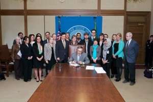 Jay Inslee signing the Fair Tenant Screening Act (SB 5568)