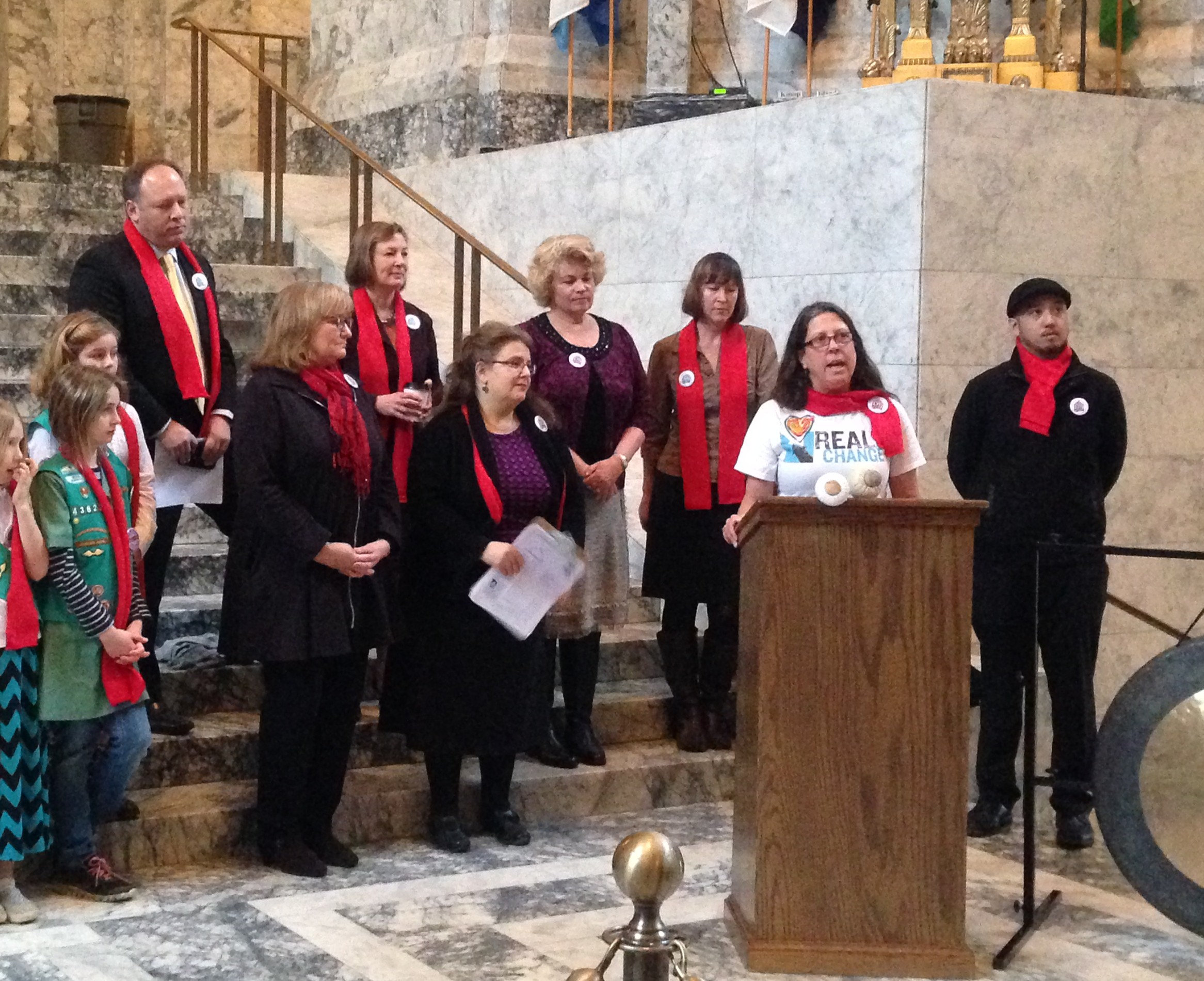 2014 Scholarship Recipient Susan speaking at 2015 Gong Ringing in Olympia